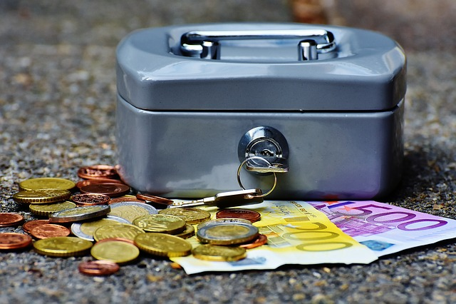 Money-Currency-Finance-Money-Box-Cashbox-Cash-Box-1642989.jpg